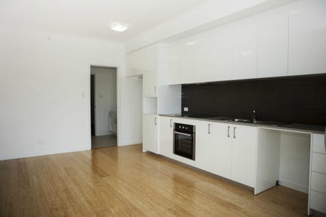 Unit 10/33 Newcastle Street, Perth, 6000, Perth City - Unit / Inner City Lifestyle / Garage: 1 / $380,000