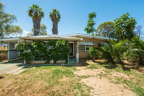 13 Stewartby Crescent, Viveash, 6056, North East Perth - House / OPPORTUNITY!!! / Carport: 1 / Open Spaces: 1 / Toilets: 1 / $399,000