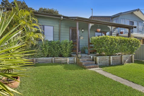 113 Hume Boulevard, Killarney Vale, 2261, Central Coast - House / Character Cottage on 759sqm Block / Garage: 2 / P.O.A