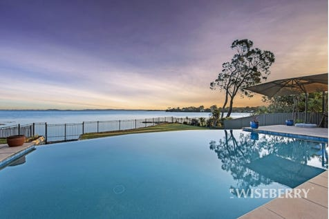 10 Winbourne Street, Gorokan, 2263, Central Coast - House / EXCLUSIVE WATERFRONT LIVING! / Garage: 2 / Air Conditioning / $1,300,000