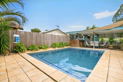 22 Rickard Road, Empire Bay, 2257, Central Coast - House / Beverage By The Pool Anyone! / Garage: 6 / $890,000