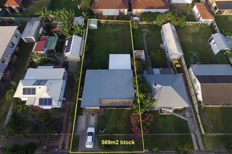 7 Pearce Ave, Toukley, 2263, Central Coast - House / Location Location Location / P.O.A
