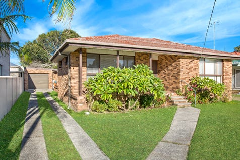 24 Lakeside Parade, The Entrance, 2261, Central Coast - House / More Than Meets The Eye / Garage: 1 / Toilets: 2 / $670,000
