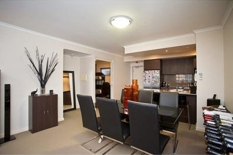 9/98 Lake Street, Northbridge, 6003, Perth City - Unit / Wow! What a price for a fabulous apartment in trendy Circle East / Garage: 1 / Air Conditioning / $409,000
