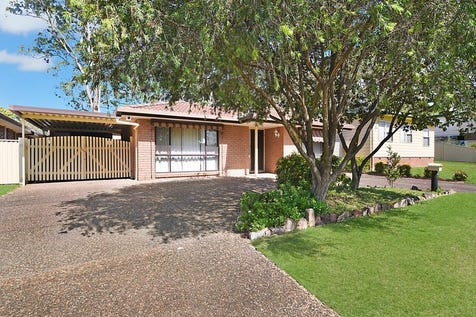13 Catalina Road, San Remo, 2262, Central Coast - House / UNDER CONTRACT- OPEN HOUSE CANCELLED / Carport: 1 / Garage: 1 / $390,000