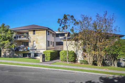 3/17-19 Hely Street, West Gosford, 2250, Central Coast - House / Solid investment or first home opportunity / Balcony / Garage: 1 / Secure Parking / Toilets: 1 / $390,000