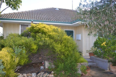 114 & 116 Butcher St, Bruce Rock, 6418, East - House / Massive Reduction and now Meets the Market Head On / $199,000