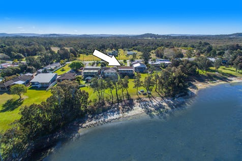 476 Tuggerawong Road, Tuggerawong, 2259, Central Coast - House / Stunning 1/4 Acre Waterfront. Perfect to Develop, Subdivide or Create your Dream Estate *(STCA) / Balcony / Garage: 4 / Secure Parking / Air Conditioning / Toilets: 2 / $820,000