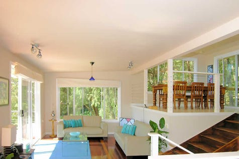 16 Robertson Rd, Scotland Island, 2105, Northern Beaches - House / Sunny 5 Bedroom Home / Ensuite: 1 / Living Areas: 2 / $785,000