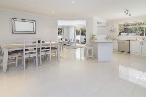 42 Tradewinds Ave, Summerland Point, 2259, Central Coast - House / SIMPLY SPACIOUS - ALLWORTH APPOLLO / Garage: 2 / $630,000
