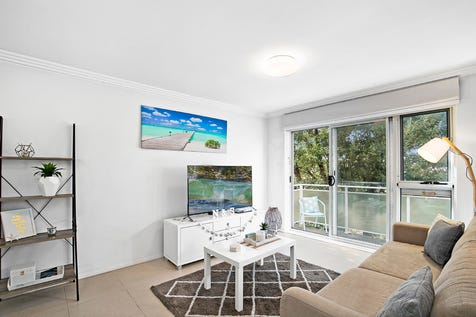 17/18 Darley Street East, Mona Vale, 2103, Northern Beaches - House / Private, Generous Apartment By The Ocean / Open Spaces: 1 / P.O.A