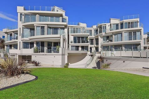 10/87-89 Ocean Pde, The Entrance, 2261, Central Coast - Apartment / Luxurious Penthouse Living & Impressive Ocean Views / Swimming Pool - Inground / Garage: 2 / P.O.A