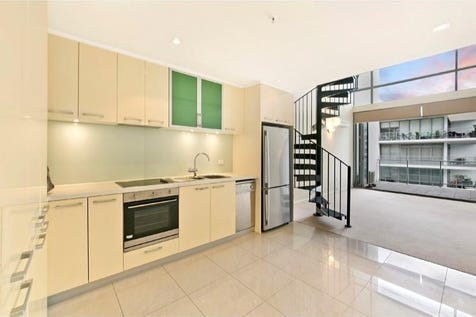 56/151 Adelaide Terrace, East Perth, 6004, Perth City - Apartment / INNER CITY LIVING - NEW YORK STYLE / Garage: 1 / Air Conditioning / $375,000