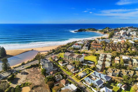 8 Ena Street, Terrigal, 2260, Central Coast - House / A Rare Beachside Find / Balcony / Garage: 1 / Secure Parking / Floorboards / $865,000