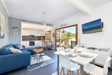 32 Adelaide Avenue, Umina Beach, 2257, Central Coast - House / Beachside Beauty / $700,000