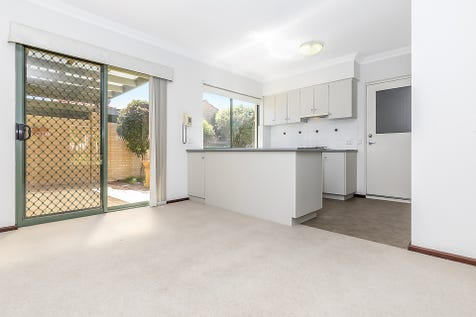 133/21 Ponte Vecchio Boulevard, Ellenbrook, 6069, North East Perth - Retirement Living / Well kept villa offering spacious open plan living and a great alfresco / Courtyard / Outdoor Entertaining Area / Garage: 1 / Remote Garage / Air Conditioning / Built-in Wardrobes / Ensuite: 1 / $358,000