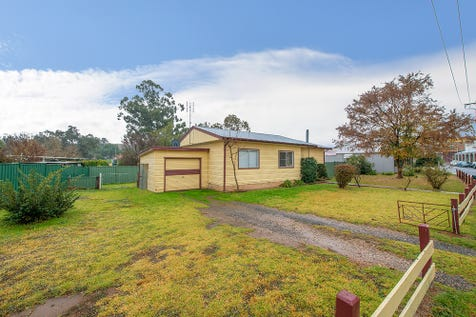 144 Mayne Street, Gulgong, 2852, Central Tablelands - House / IN THE CBD WITH A LARGE BLOCK / Balcony / Carport: 1 / Garage: 1 / Secure Parking / Air Conditioning / $289,000