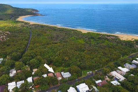 21 Beach Drive, Killcare, 2257, Central Coast - House / Beautifully presented home over looking beachside reserve / Carport: 1 / $1,150,000