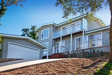 32 Tarakan Street, Sorrento, 3943, Mornington Peninsula - House / Tidemark / Balcony / Deck / Outdoor Entertaining Area / Garage: 2 / Remote Garage / Secure Parking / Air Conditioning / Built-in Wardrobes / Dishwasher / Ducted Heating / Floorboards / $1,850,000