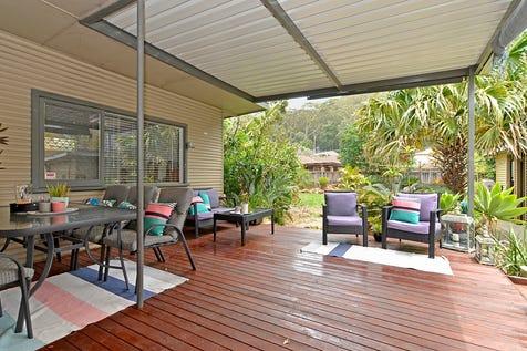 19 Carpenter Street, Umina Beach, 2257, Central Coast - House / RENOVATED 2 BEDROOM HOME! / Carport: 1 / Garage: 1 / Air Conditioning / $540,000