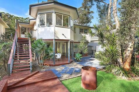 5 Peter Avenue, Forresters Beach, 2260, Central Coast - House / Immaculate home in a quiet and private beachside position / Garage: 2 / $949,000