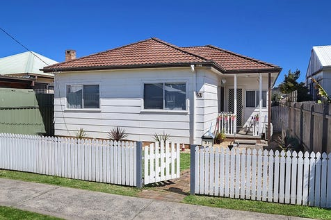 51 Barrenjoey Road, Ettalong Beach, 2257, Central Coast - House / Reduced To Sell!! Blue Ribbon House & Granny Flat Opportunity (STCA) / Garage: 1 / Open Spaces: 2 / Air Conditioning / Floorboards / Toilets: 2 / $690,000