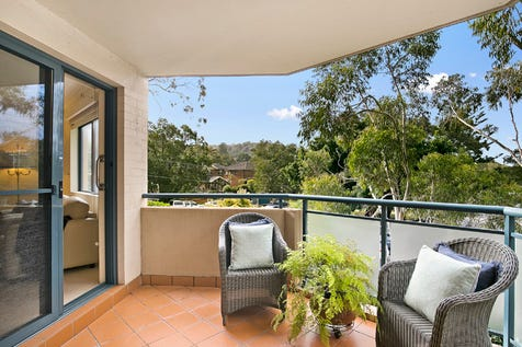 9/11-15 Foamcrest Avenue, Newport, 2106, Northern Beaches - Apartment / Central Stunner with Expansive Floorplan / Carport: 1 / P.O.A