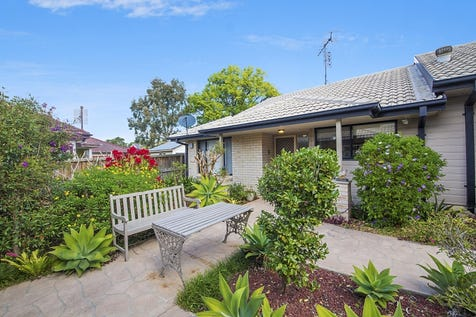 5/19-21 Althorp Street, East Gosford, 2250, Central Coast - Villa / Boutique Retirement Living / Courtyard / Carport: 1 / Air Conditioning / Built-in Wardrobes / Dishwasher / Toilets: 1 / $440,000