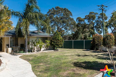 70 Palmer Crescent, High Wycombe, 6057, North East Perth - House / ROOM FOR EVERYTHING - KIDS, PETS, BOAT, CARAVAN!! / Garage: 2 / Secure Parking / Air Conditioning / Toilets: 2 / $495,000
