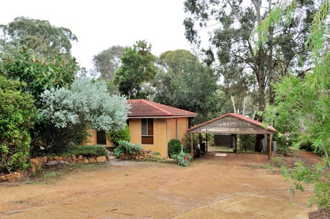 """825 Jacoby St, Mahogany Creek, 6072, North East Perth - House / """"Investors or Patient Buyers"""" / Carport: 2 / Toilets: 1 / $420,000"""