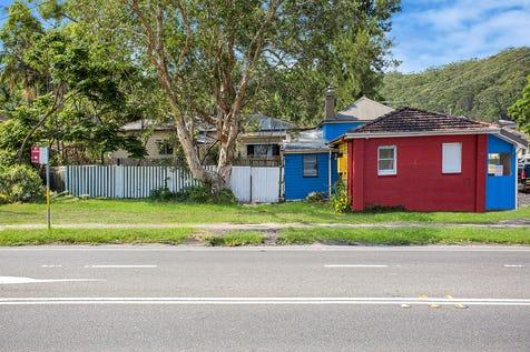 123 Avoca Drive, Kincumber, 2251, Central Coast - House / High Exposure! Existing income / Carport: 2 / $590,000
