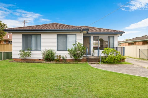 79 Manuka Parade, Gorokan, 2263, Central Coast - House / PERFECTLY POSITIONED ON 708SQM BLOCK / Garage: 1 / Toilets: 2 / $500,000