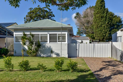 182 Memorial Avenue, Ettalong Beach, 2257, Central Coast - House / Location Location Location / Open Spaces: 1 / Air Conditioning / $680,000
