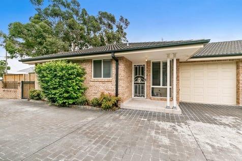 1/19-21 Gallipoli Avenue, Woy Woy, 2256, Central Coast - Villa / 3 Bedroom Brick Villa with Two Seperate Living Areas / Garage: 1 / $600,000