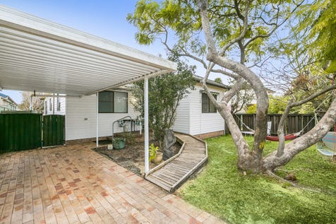 130 Paton Street, Woy Woy, 2256, Central Coast - House / 2 bedroom house / Fully Fenced / Carport: 1 / Air Conditioning / Floorboards / Study / $570,000