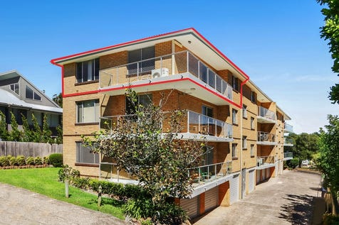 12/13 Masons Parade, Point Frederick, 2250, Central Coast - Unit / Renovated, Water Views and Walk to Train / Garage: 1 / Air Conditioning / Dishwasher / $490,000