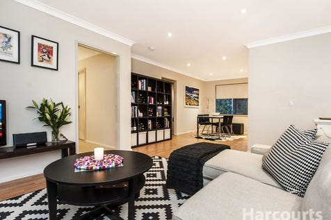 6/194 Railway Parade, West Leederville, 6007, Perth City - Apartment / Love at first glance - Successful bid $425,000 / Garage: 1 / P.O.A