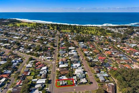15 Shelly Beach Road, Shelly Beach, 2261, Central Coast - House / Corner Block Opportunity & Beach Within Reach / $650,000