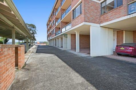8/3 Joseph Lloyd Close, Gosford, 2250, Central Coast - Unit / Great Apartment With Water Views / Garage: 1 / P.O.A