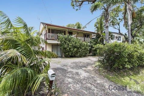 35 Dianne Avenue, Lake Munmorah, 2259, Central Coast - House / GREAT RETURN - GREAT OPPORTUNITY / Garage: 3 / $499,000