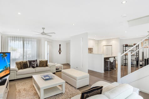 41/2 Brunswick Road, Terrigal, 2260, Central Coast - Townhouse / Luxury facilities include a grand outdoor pool and games room / Garage: 2 / $980,000