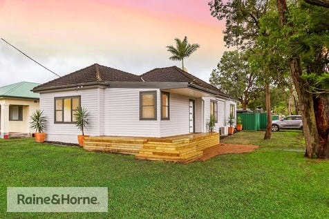 61 Adelaide Avenue, Umina Beach, 2257, Central Coast - House / INVESTMENT CAPITAL IN SOUTH UMINA / Carport: 1 / $795,000