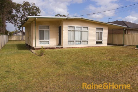 28 DANBURY AVENUE, Gorokan, 2263, Central Coast - House / Open Cancelled.... / Carport: 1 / Toilets: 1 / $395,000