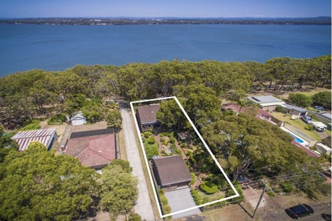 188 Buff Point  Avenue, Buff Point, 2262, Central Coast - House / Waterfront Reserve Spacious Family Home / Garage: 2 / $690,000