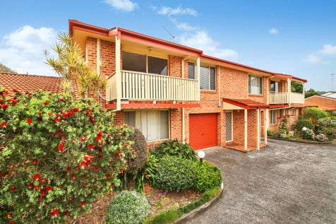 4/57 Brougham Street, East Gosford, 2250, Central Coast - Townhouse / Convenient Location & Low Maintenance / Balcony / Garage: 1 / Secure Parking / Air Conditioning / Toilets: 1 / $480,000