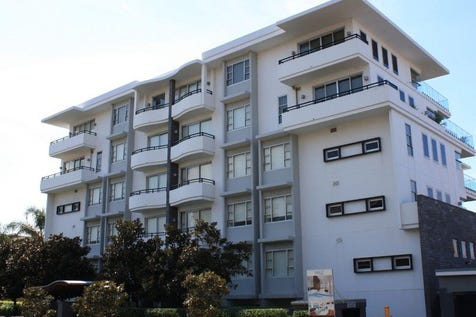 Unit 17/50 Ocean Parade, The Entrance, 2261, Central Coast - Unit / VOGUE APARTMENT - LAST OF ITS TYPE / Balcony / Garage: 2 / Remote Garage / Ensuite: 1 / $925,000
