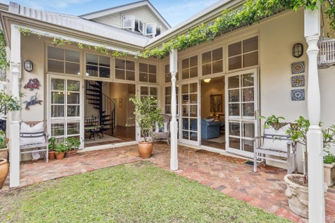 211 Townshend Road, Subiaco, 6008, Perth City - House / A gracious home to really be proud of! / Garage: 2 / $1,595,000
