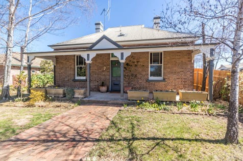 7 Clinton Street, Orange, 2800, Central Tablelands - House / 7 Clinton Street / Garage: 1 / $675,000