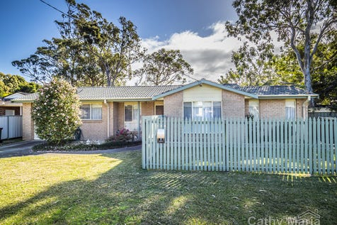 16a Dunvegan Street, Mannering Park, 2259, Central Coast - House / SOO MUCH MORE THAN MEETS THE EYE / Garage: 1 / Secure Parking / Air Conditioning / Toilets: 1 / $400,000