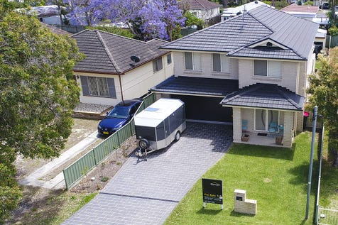 53 Osborne Avenue, Umina Beach, 2257, Central Coast - House / Large Family Home in Ideal Location / Garage: 2 / Open Spaces: 2 / Secure Parking / Air Conditioning / $1,175,000